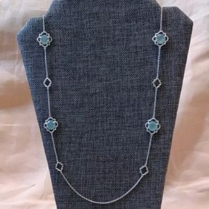 Stella & Dot silver tone and blue clover necklace